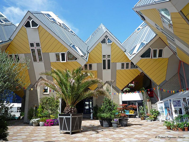 Cubic_Houses_1