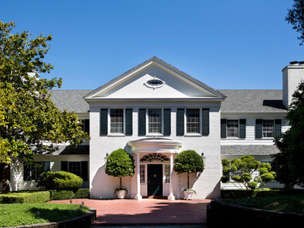 house-of-the-day-a-massive-old-estate-near-san-francisco-just-hit-the-market-for-85-million