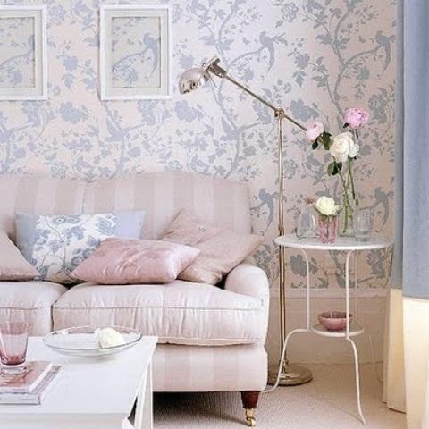 airy-and-elegant-feminine-living-rooms-15