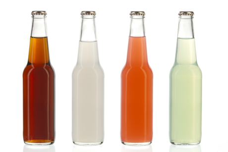Τα αναψυκτικά σαμποτάρουν το βάρος σας. Αντισταθείτε στις ελκυστικές τους συσκευασίες και προτιμήστε να φτιάξετε τα δικά σας.