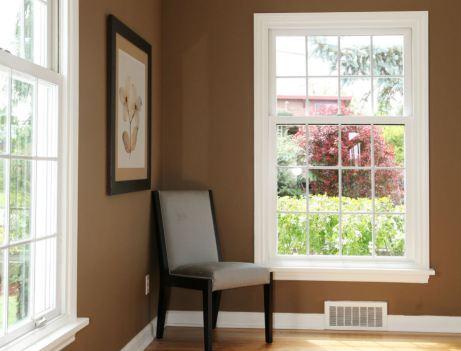 Ολα τα στοιχεία του σπιτιού, κουφώματα, σοβατεπί κ.λπ., παίζουν σημαντικό ρόλο στη διαμόρφωση του χώρου, γι' αυτό μην τα παραμελείτε στις χρωματικές επιλογές σας.